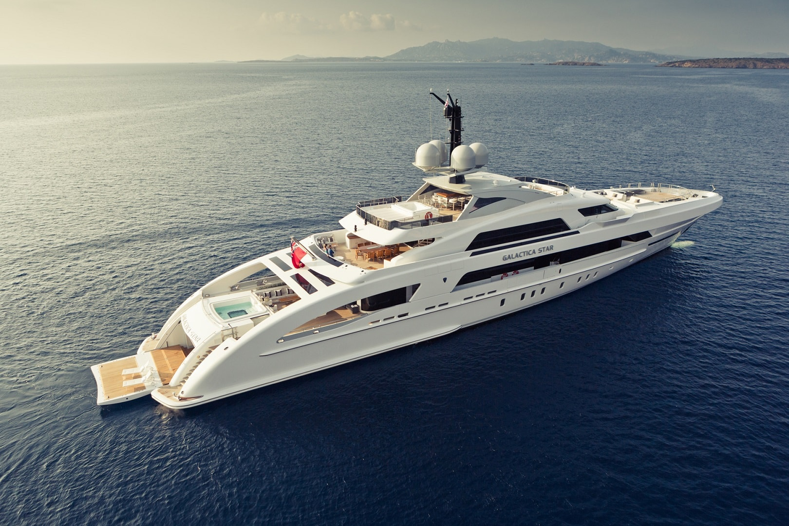 Luxury Yacht Banner